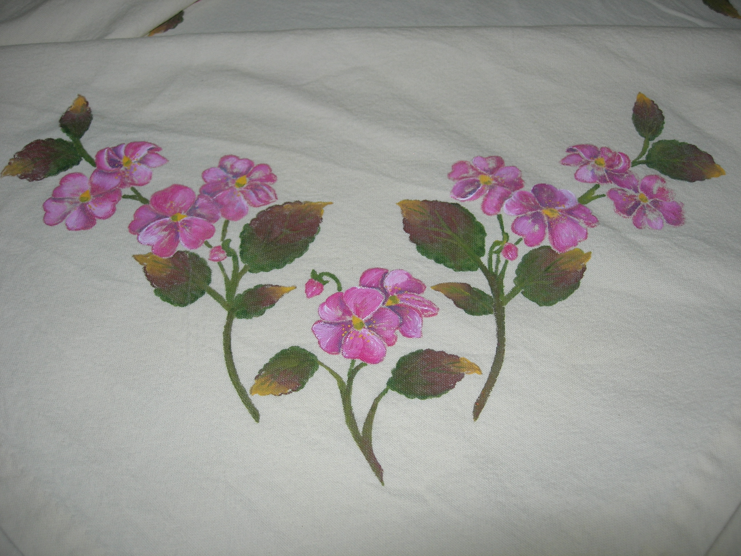 Manteles con flores pintadas a mano imagui - Dibujos para pintar en tela ...