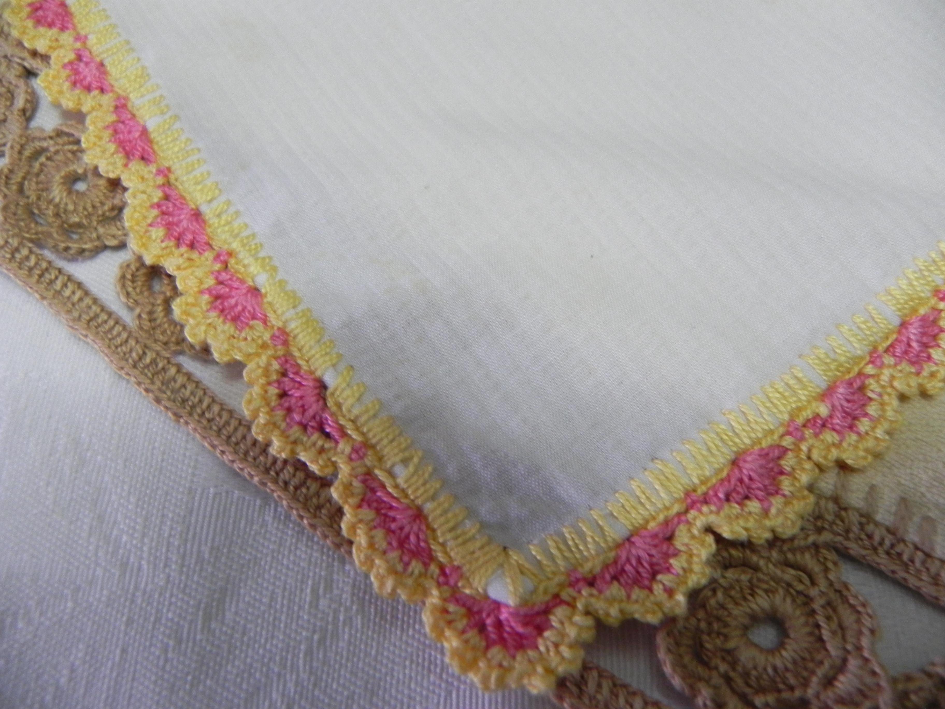 Manteles individuales de ganchillo tijeras y cuchara for Manteles de tela