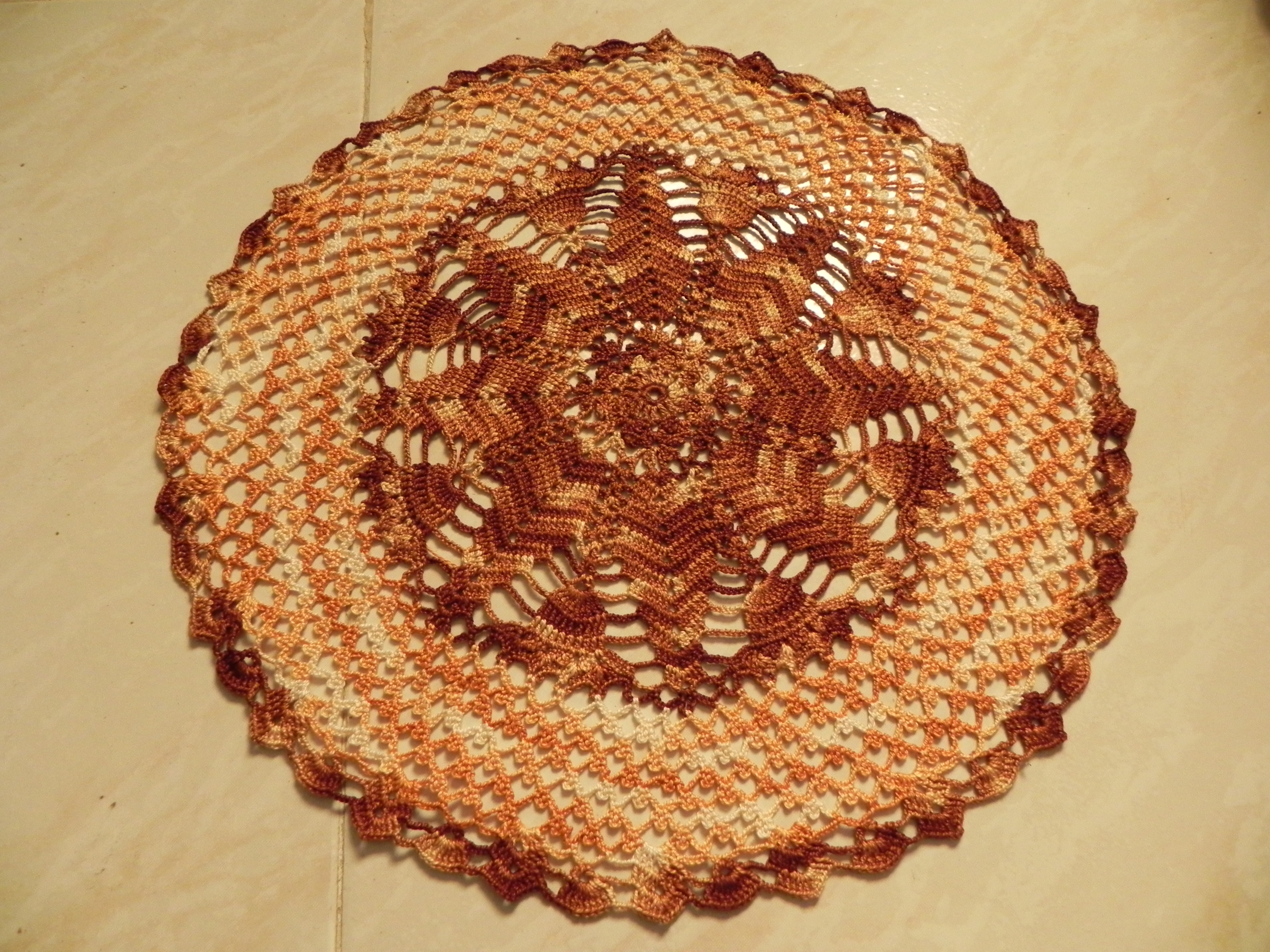 Tapetes de ganchillo crochet tijeras y cuchara for Tapetes de ganchillo