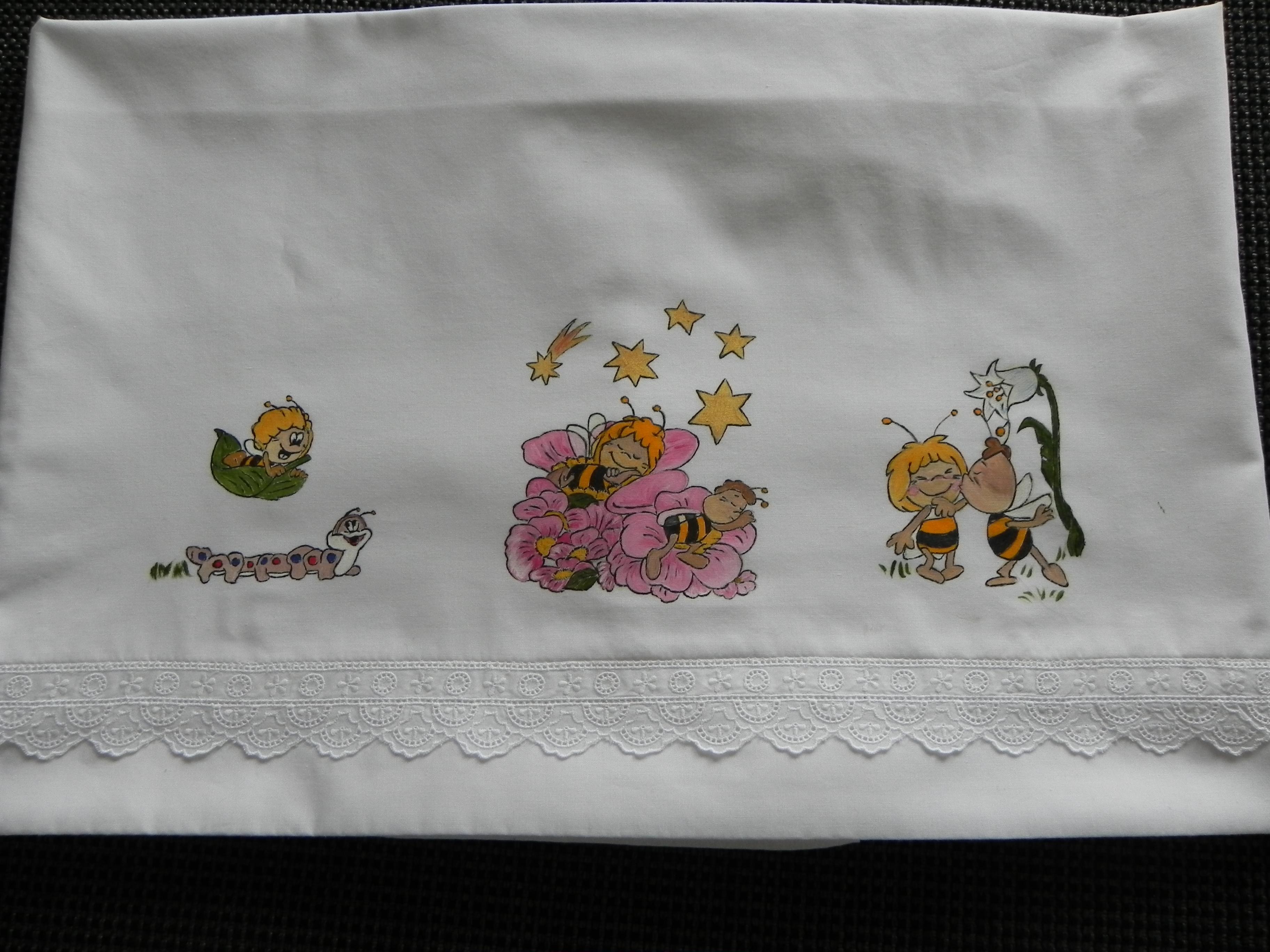 Pintura en tela sabana de cuna abeja maya fabric paint infant bedding bee maya tijeras y - Dibujos para pintar en tela infantiles ...